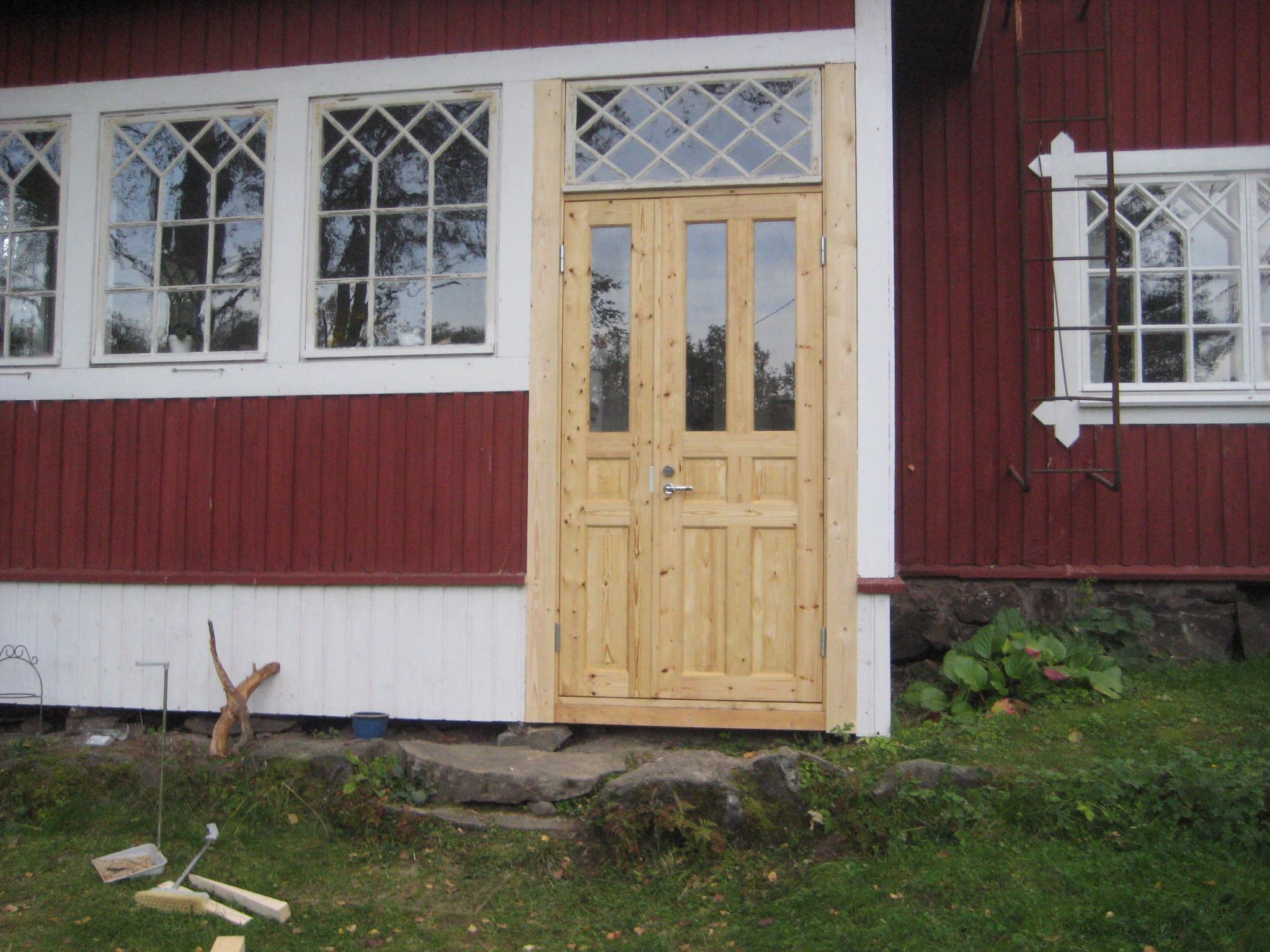 Ovi tehtiin vanhan mallin mukaan