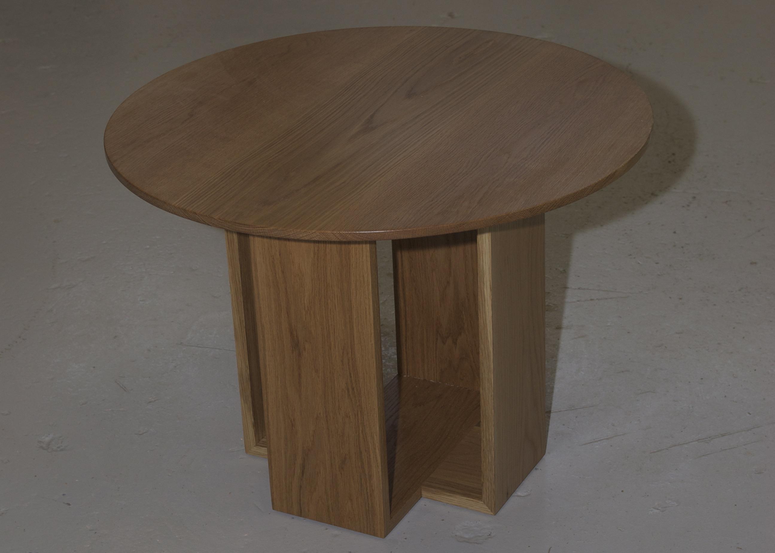 Sohvapöytä tammesta